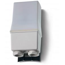 Фотореле корпусное для монтажа на улице; 2NO 16A (L+N); питание 120В АC; настройка чувствительности 1…80люкс;